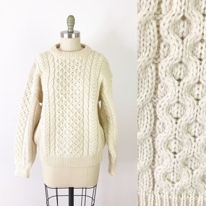 LL Bean White Wool Knit Sweater Cabled Aran X1052